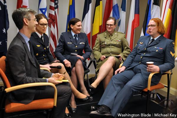 Os Transexuais e o Serviço Militar.